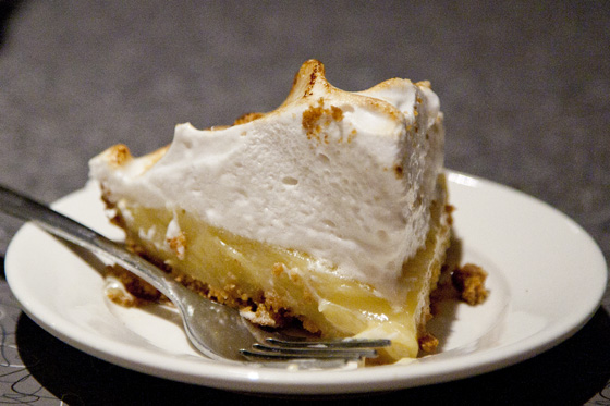vegan_lemon_meringue_pie